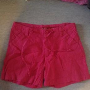 Pink shorts med snøre, str. 164 Fin sta - Aalborg  - Pink shorts med snøre, str. 164 Fin stand Spørg for yderligere information