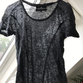 Designers remix t-shirt. Brugt 3 gange.  - København - Designers remix t-shirt. Brugt 3 gange. Nypris 400 - sælges billigt - København
