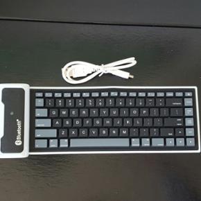 Bluetooth tastatur til ipad Købt i USA  - København - Bluetooth tastatur til ipad Købt i USA derfor mangler æ ø å Det er dejlig nemt at skrive på og der medfølger også et kabel - København
