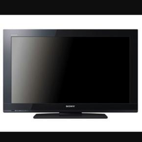 """LCD 32"""" fladskærm fra SONY. Det er HD r - Aalborg  - LCD 32"""" fladskærm fra SONY. Det er HD ready, og kan tage alle digitale kanaler uden ekstern box el lign. Fungerer upåklageligt. Perfekt til sommerhuset, børneværelset eller lign.. Desuden haves beslag til vægophæng hvis dette ønskes til  - Aalborg"""