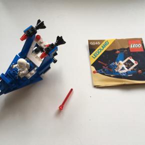Lego Lego 6845 Fra 80'erne En enkelt klo - Fredericia - Lego Lego 6845 Fra 80'erne En enkelt klods er beskadiget, men den følger med. Ellers komplet med instruktion. - Fredericia