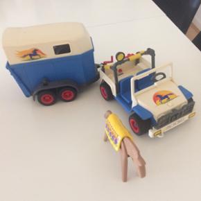 Playmobil jeep med hestetrailer og tre h - Hillerød - Playmobil jeep med hestetrailer og tre heste - Hillerød