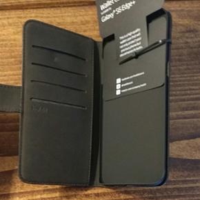 Sort cover til Samsung Galaxy S6 Edge+ m - København - Sort cover til Samsung Galaxy S6 Edge+ med plads til fire kreditkort og magnetisk luk. Har to styk tilbage - København