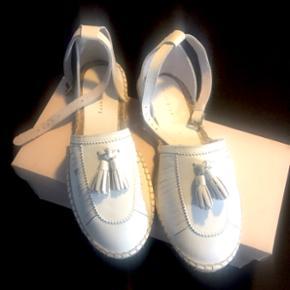Mint & Berry sandaler i str. 38. Aldrig  - København - Mint & Berry sandaler i str. 38. Aldrig brugt. ALT ER SAT EKSTRA NED, SE OGSÅ MINE ANDRE TING. - København