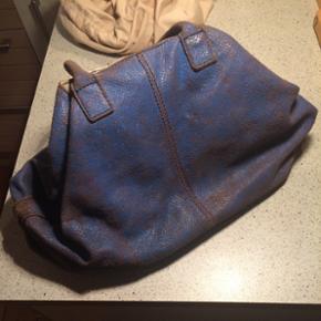 Liebeskind limited taske. Nypris ca. 300 - Silkeborg - Liebeskind limited taske. Nypris ca. 3000kr Dustbag medfølger - Silkeborg