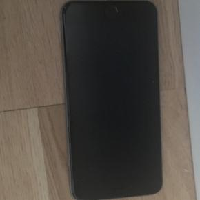 IPhone 6 Plus 128 GB - space grey Callme - København - IPhone 6 Plus 128 GB - space grey Callme har været så søde at sende mig denne iphone istedet for den ødelagte, mobilen sælges uden oplader ledning, da de ikke sendte den med. Er åbnet og brugt 2 dage, ingen ridser så godt som ny, kvitt - København