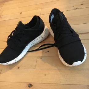 Adidas sneakers, står som ny, str 38 - Næstved - Adidas sneakers, står som ny, str 38 - Næstved