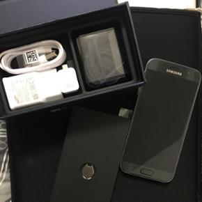 Samsung Galaxy s7, 32 GB, Black Onyx Sle - Roskilde - Samsung Galaxy s7, 32 GB, Black Onyx Slet ikk brugt , den har været tændt en gang.. sælger den for min søster , som ikk kan finde ud af at benytte sig af en Samsung. - Roskilde