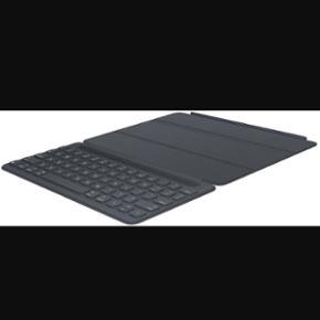 """Originalt iPad Pro Apple tastatur til 9, - København - Originalt iPad Pro Apple tastatur til 9,7"""" Aldrig brugt kun åbnet Ny pris:1399 Mp:1000 - København"""