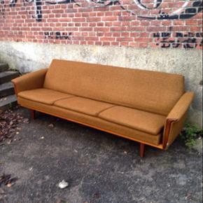Damn for en laber 3 personers sofa/soves - Odense - Damn for en laber 3 personers sofa/sovesofa der lige dukkede frem på dit feed.