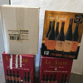 22 Gode og meget dyre vine både vidvin  - Århus - 22 Gode og meget dyre vine både vidvin og rødvin sælges til en rimelig pris samlet da min far er flyttet til Kroatien så sælges for ham da han var vin ekspert og har haft en del gode vine. Det er nogle andre vine der er blevet sat i, som kos - Århus