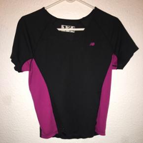 Sportstshirt fra New Balance i str. M - Esbjerg - Sportstshirt fra New Balance i str. M - Esbjerg