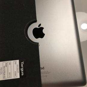 Apple iPad 4 16 GB Sælges da den ikke b - Slagelse - Apple iPad 4 16 GB Sælges da den ikke bruges, den fremstår som komplet ny. Oplader og cover medfølger. Der er absolut ingen ridser eller brugsspor. Kun brugt 2 måneder. BYD gerne - Slagelse