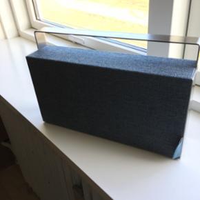 Bluetooth-højttaler Georg Jensen. Sprit - København - Bluetooth-højttaler Georg Jensen. Sprit ny - kun lige pakket ud, og prøvet. Rigtig god lyd, spilletid på batteriet op til 8 timer. Desværre ingen kvittering - fået denne i julegave. - København