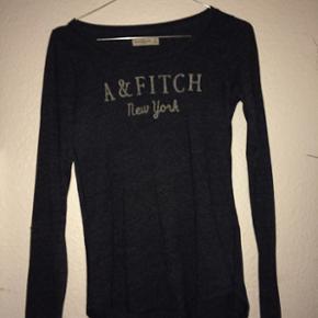 Super lækker abercrombie & fitch trøje - København - Super lækker abercrombie & fitch trøje np var 279kr eller noget der omkring den er brugt omkring 4 gange BYD :) - København