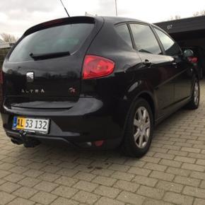Seat Altea 2,0 TDI 170 FR Van 5d. Bilen  - Esbjerg - Seat Altea 2,0 TDI 170 FR Van 5d. Bilen er fra 2007, kørt 157.000, manuel gear, anhænger, håndfri og nedvejet! Andre oplysninger findes på Bilbasen eller ved henvendelse :-) - Esbjerg