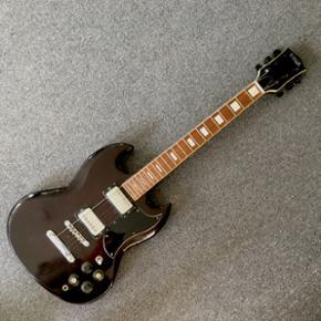 Guitar til pynt på vægen. - Haderslev - Guitar til pynt på vægen. - Haderslev