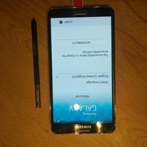 Samsung galaxy Note 3 Med lille skade ø - Middelfart - Samsung galaxy Note 3 Med lille skade øverst i skærmen se billede - Middelfart