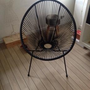 """Lounge stol ( DEN STORE) model i sort """"  - Esbjerg - Lounge stol ( DEN STORE) model i sort """" mandelformet)"""" nypris kr 699 brugt 2 gange BYD BYD - Esbjerg"""