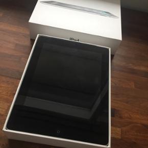 IPad 2 Wi-Fi 3G 32gb Black sælges. Inge - Hillerød - IPad 2 Wi-Fi 3G 32gb Black sælges. Ingen ridser på skærm. Kun brugsridser på bagsiden, ellers fremstår den som ny. BYD!! Ingen skambud - Hillerød