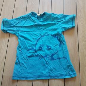 T-shirt med sæl Stand: Næsten som ny.  - Esbjerg - T-shirt med sæl Stand: Næsten som ny. Brugt få gange. - Esbjerg