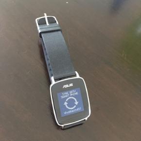 Asus vivowatch sælges. Brugt meget lidt - Kolding - Asus vivowatch sælges. Brugt meget lidt og har ingen skrammer eller ridser :) kan måle alt fra puls, UV lys, skridt osv :) der medfølger lader. Bytter gerne med bluetoothhøjtaler :) - Kolding