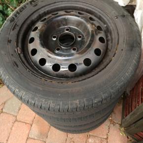 4 stk stålfælge med dæk. Stadig lidt  - Esbjerg - 4 stk stålfælge med dæk. Stadig lidt mønster tilbage. Har siddet på Hyundai I30. - Esbjerg