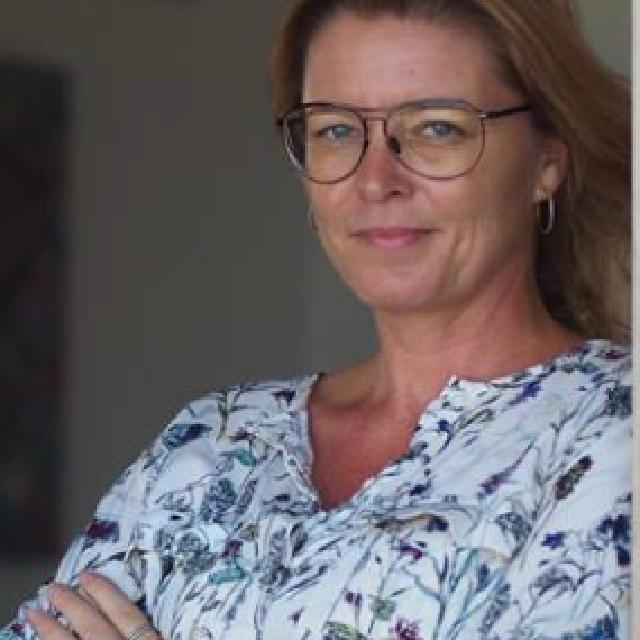 Christina  Sørit