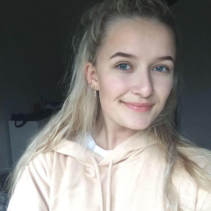 Emily Bolt