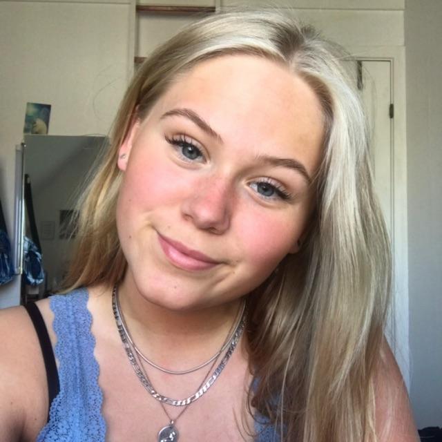 Nikoline Katrine S. Hansen
