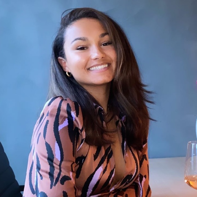 Rebecca Santos Bay