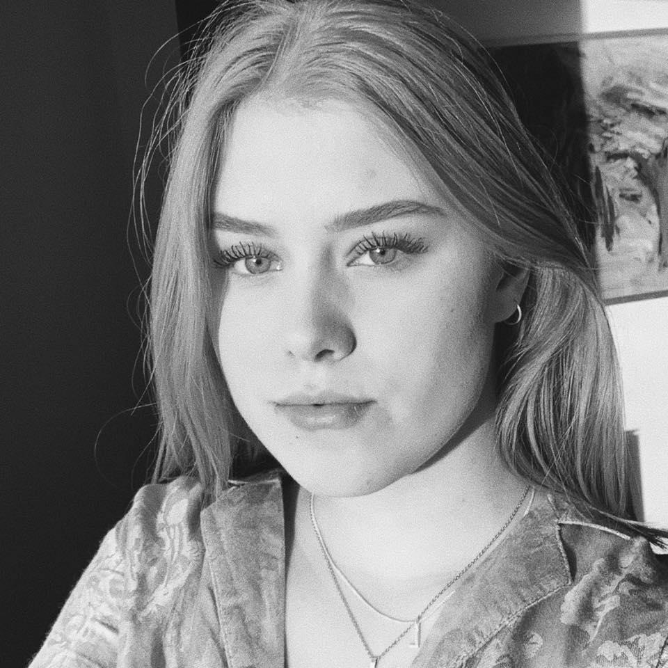 Laura Brink Hindahl