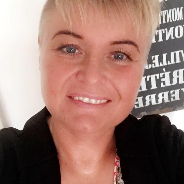 Mia Larsen