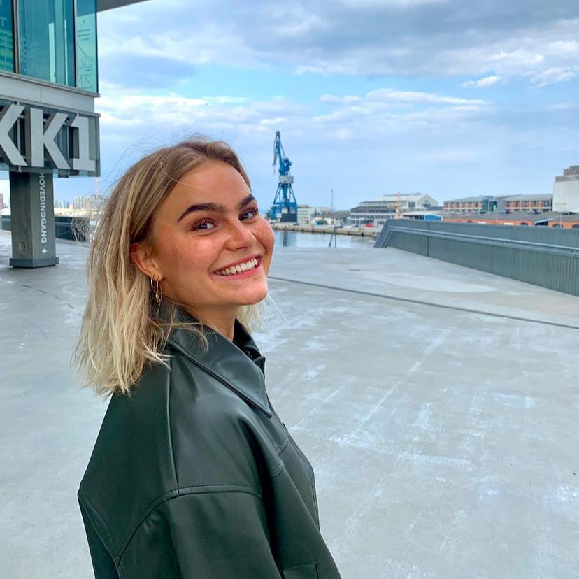 Laura Mønster