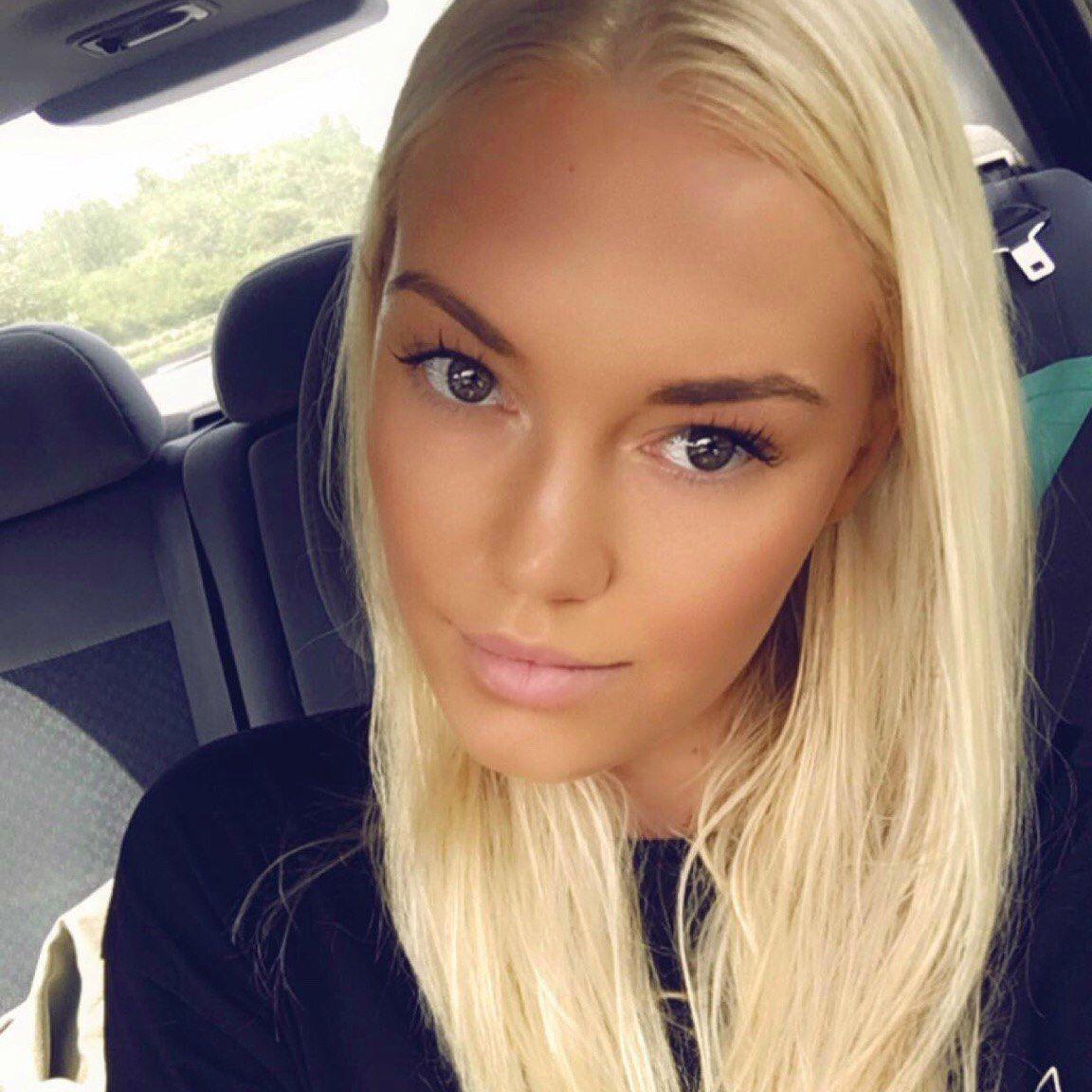 Camilla Velling