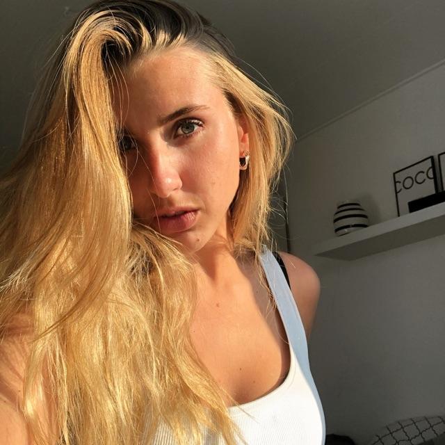 Laura Selch