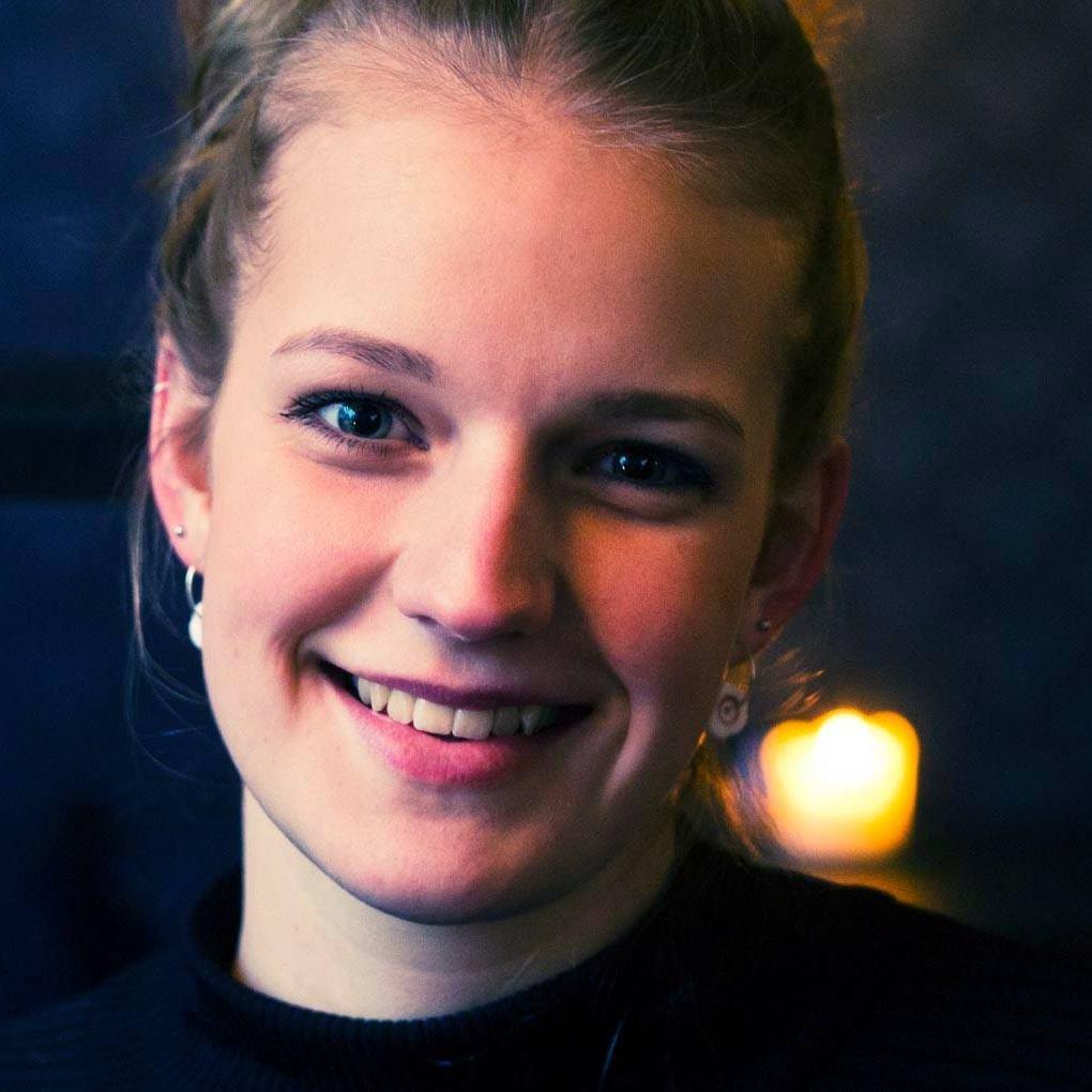 Amalie Dahl Holleufer