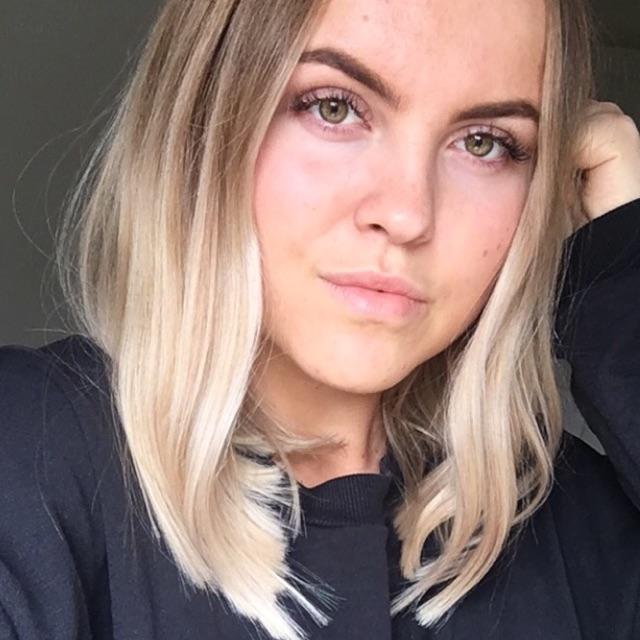 Nia Izabell Bremholm