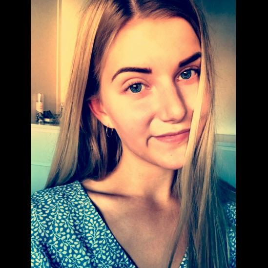 Anne Julie  Holmgaard
