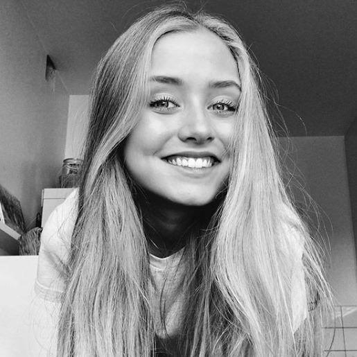 Adrianna Maria Hansen