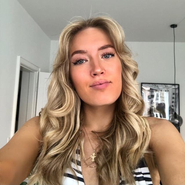 Laura Schou