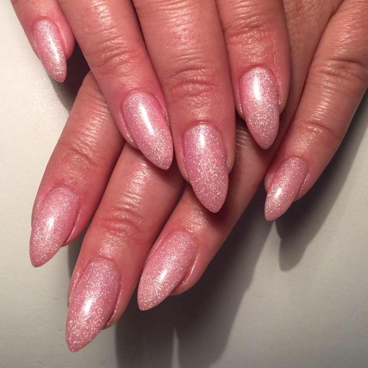 Helene Majestic Nails