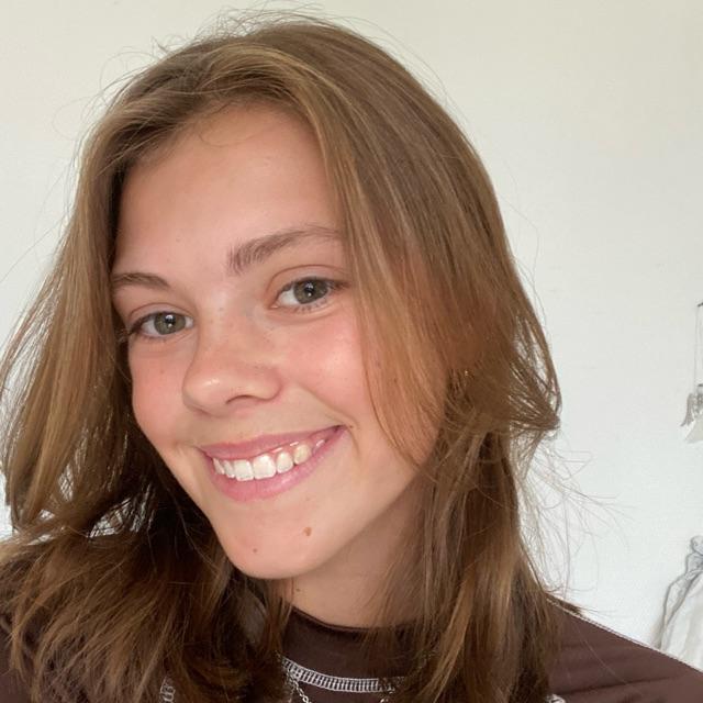 Julie Bak
