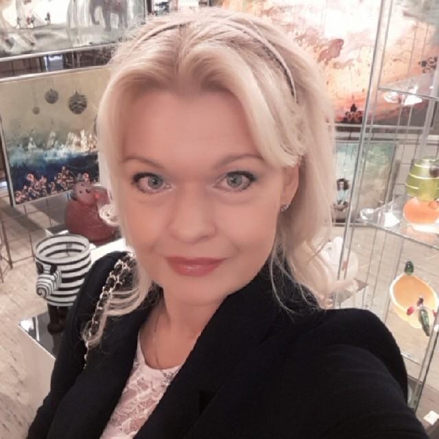 Ann-Dorte  Burmeister