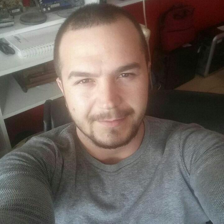 Huseyin  Pamuk