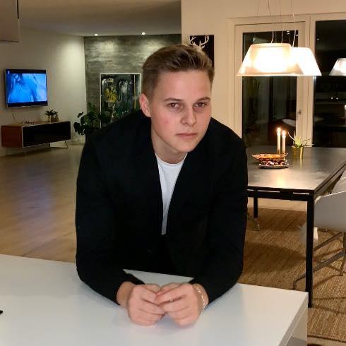 Oliver Møller Holdt