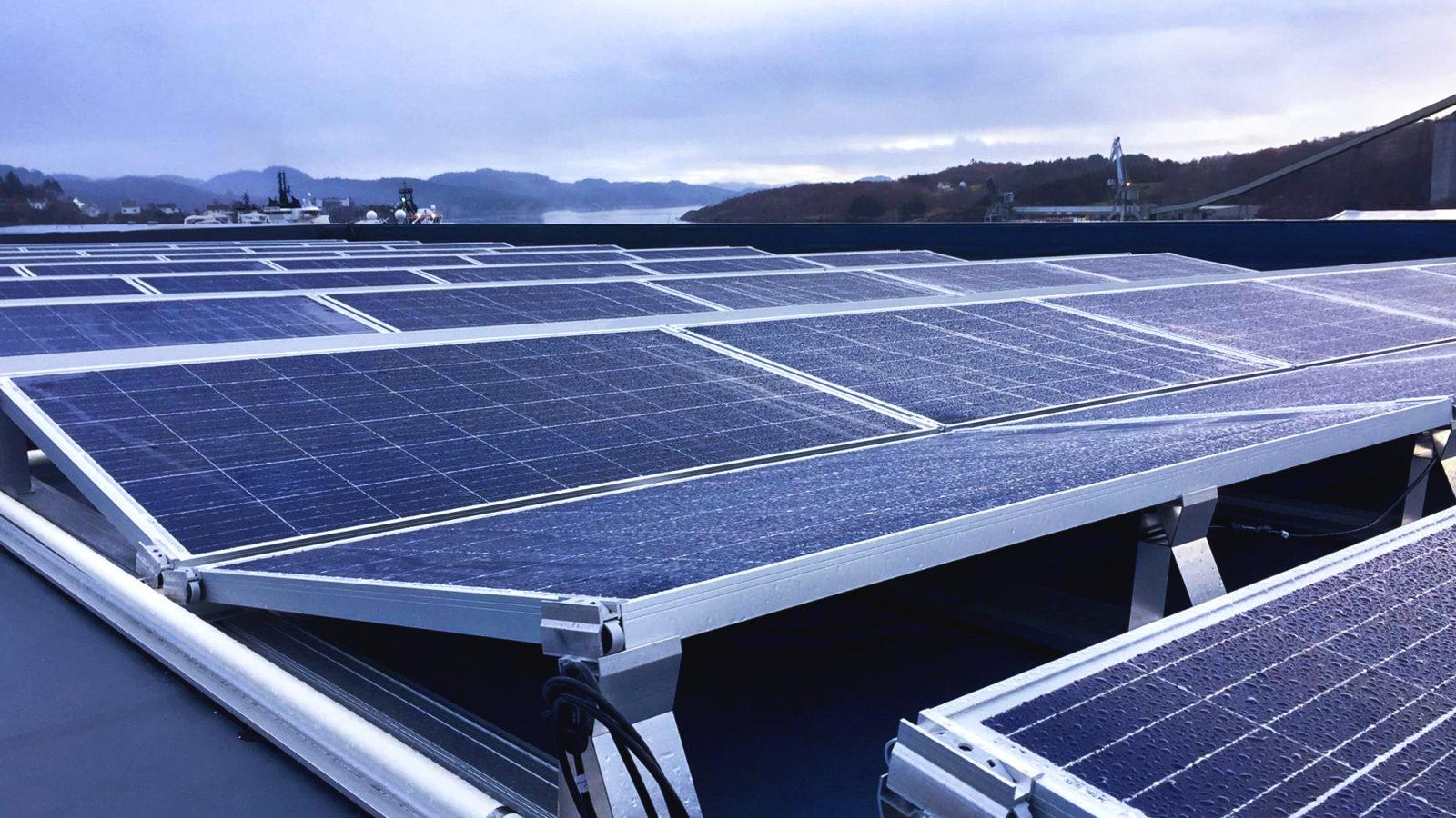 Solcelleanlegg på eget kontorbygg