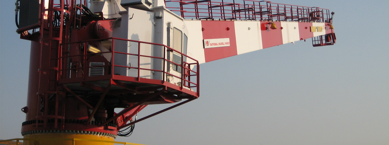 Service of Offshore Cranes and Winches