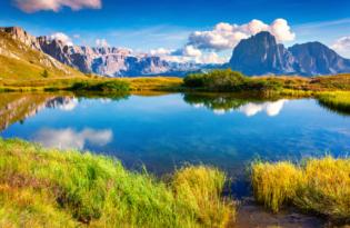 Erholsames Urlaubsvergnügen - wo die Dolomiten den Himmel küssen