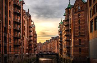Michel und mehr: Hamburgs Perlen bei einer Stadtrundfahrt entdecken